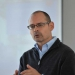 El especialista impartió una conferencia en el IIE