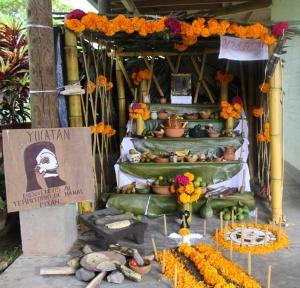 """Altar representativo de Yucatán, presentado en """"La Chinantla"""""""