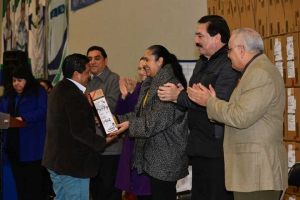 Académicos de las cinco regiones recibieron los equipos