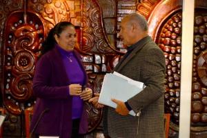 La Rectora con el Secretario General de la organización