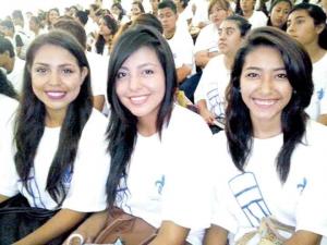 Citlalli, Estefany y Michel ingresaron a Pedagogía en Veracruz-Boca del Río