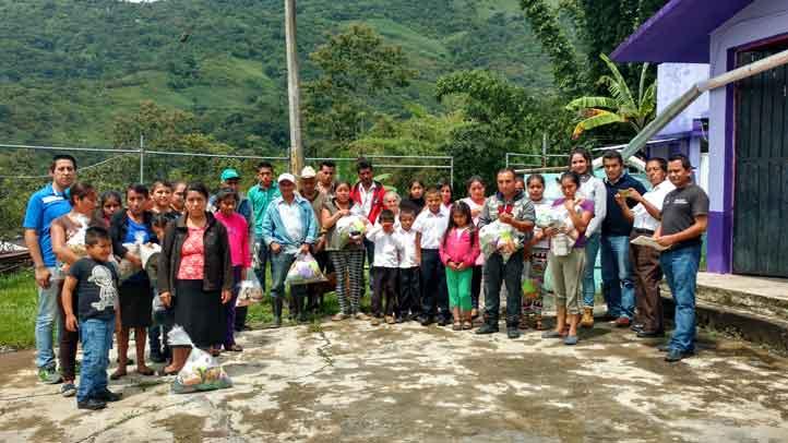Beneficiados de la comunidad Xoconojtla