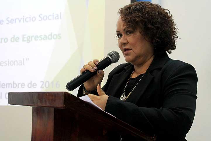 Leticia Cortaza Ramírez, directora de la Facultad