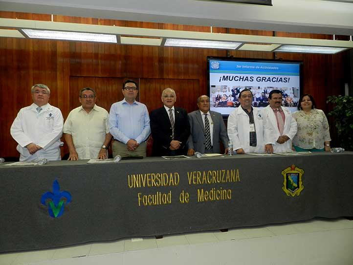 Funcionarios universitarios en el informe de Pedro Gutiérrez, de Medicina