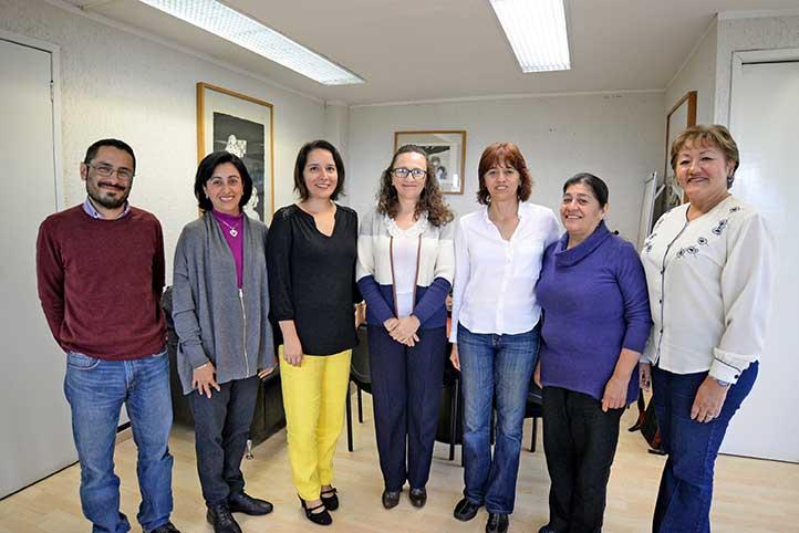 La Secretaria Académica y el comité organizador