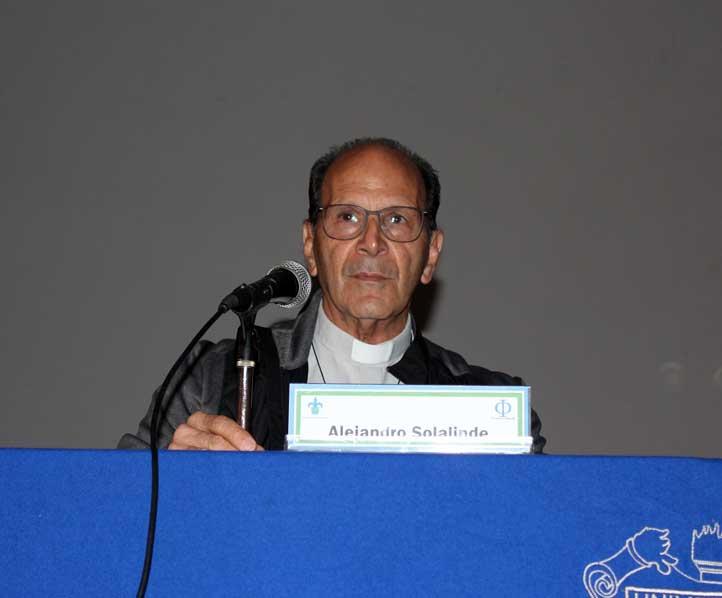 El sacerdote participó en el II Foro de Ética y Derechos Humanos