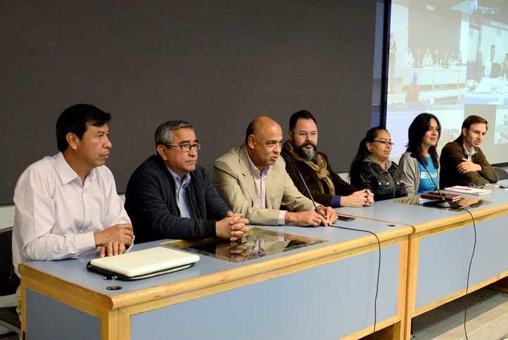 """Participantes en el """"Foro sobre políticas públicas y patrimonio biocultural"""""""