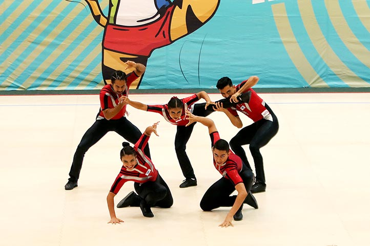 Brillante actuación de los gimnastas, en modalidad aerodance (Foto: UANL)