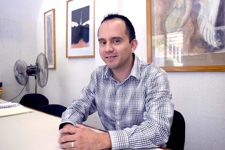 Jorge Aburto Sánchez, de la Oficina de Transferencia de Tecnología