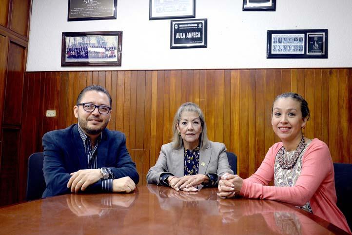 Jerónimo Ricárdez, Liliana Betancourt y Patricia Arieta