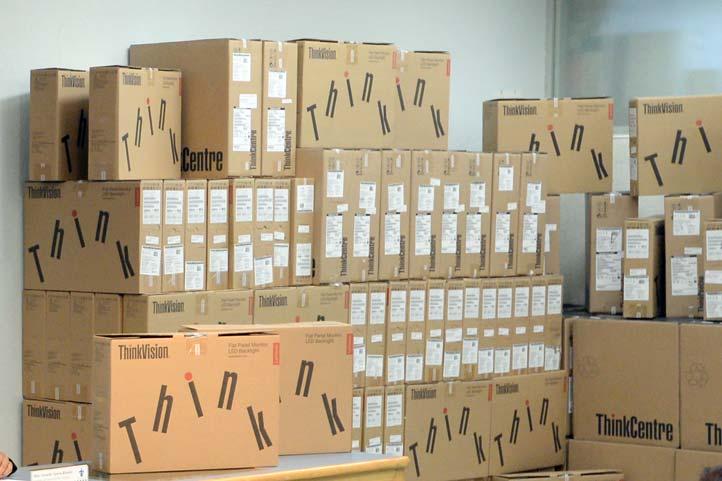 Se adquirieron 827 equipos para funciones sustantivas de la Universidad