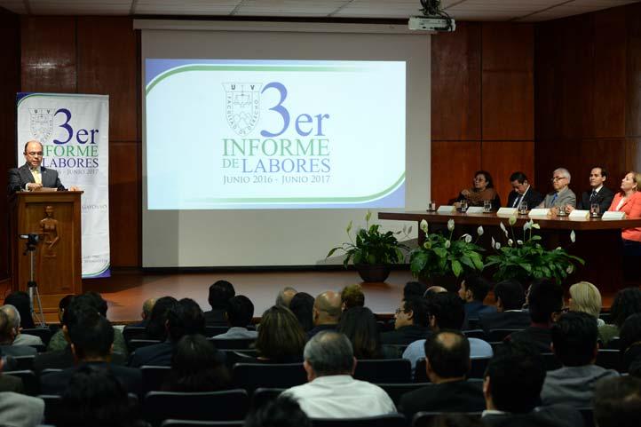 José Luis Cuevas Gayosso rindió su Tercer Informe de Actividades
