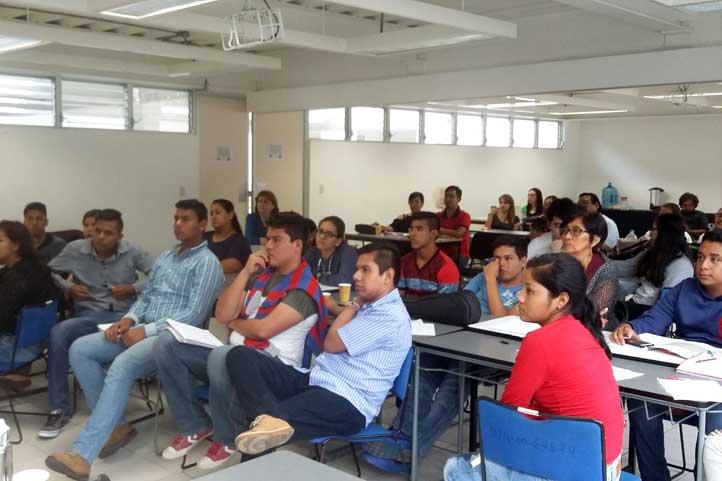 El IIE impartió taller a jóvenes de Tlacotalpan, Cotaxtla y Cardel