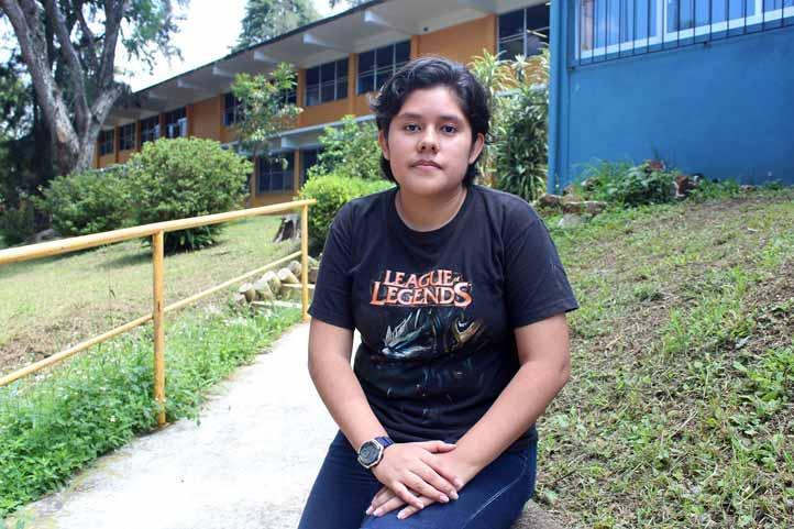 La joven realizó estancia en la U. Michoacana de San Nicolás de Hidalgo