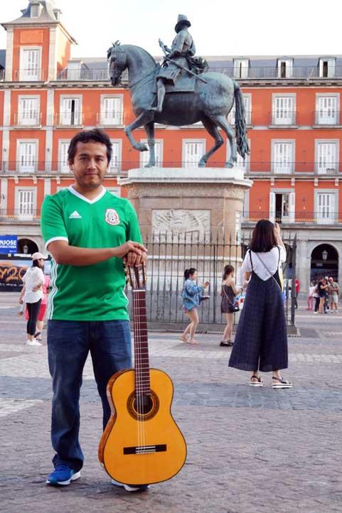Jorge Luis Hernández Oliva estudia en España