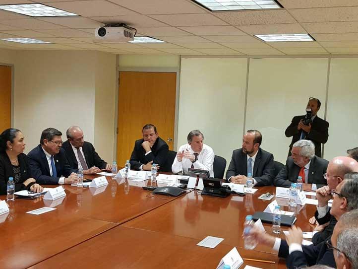 Rectores del país se reunieron con el Secretario de Hacienda