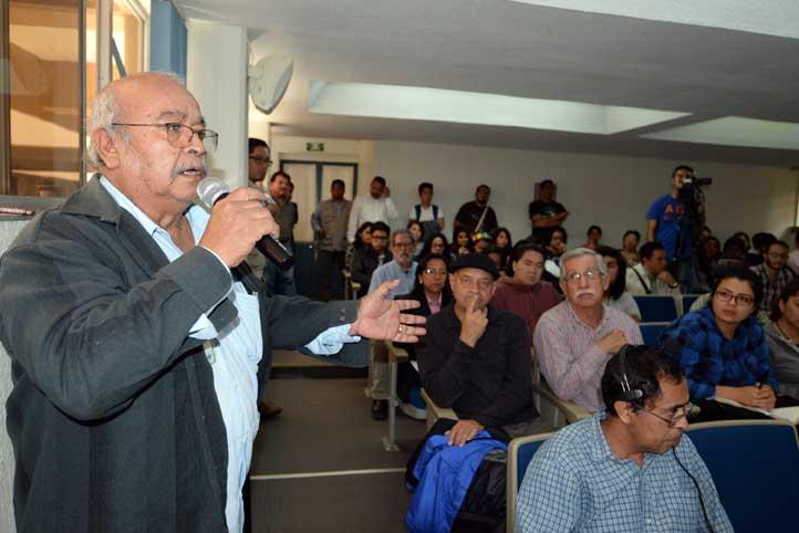 Se presentaron 14 ponencias y el público expresó sus comentarios