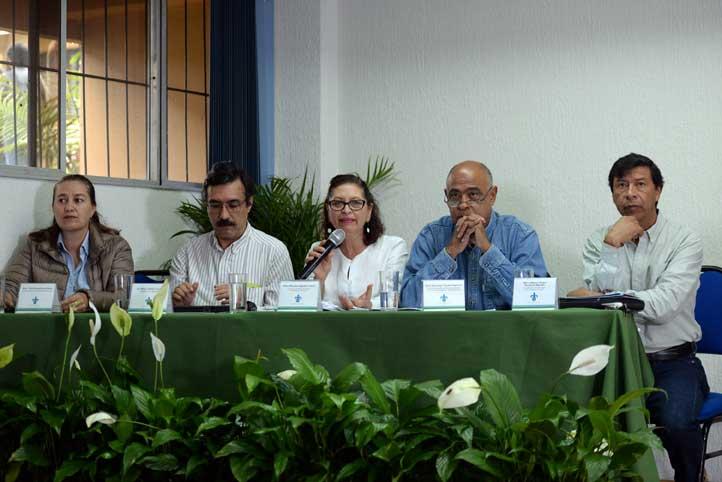 """Asistentes al Coloquio """"En defensa del patrimonio natural y cultural de Veracruz"""""""