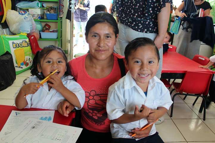 Candelaria Santiago Santiago agradeció el apoyo para ella y sus hijos