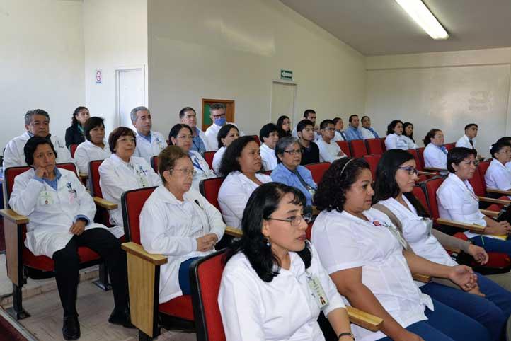 Participaron académicos, trabajadores y estudiantes