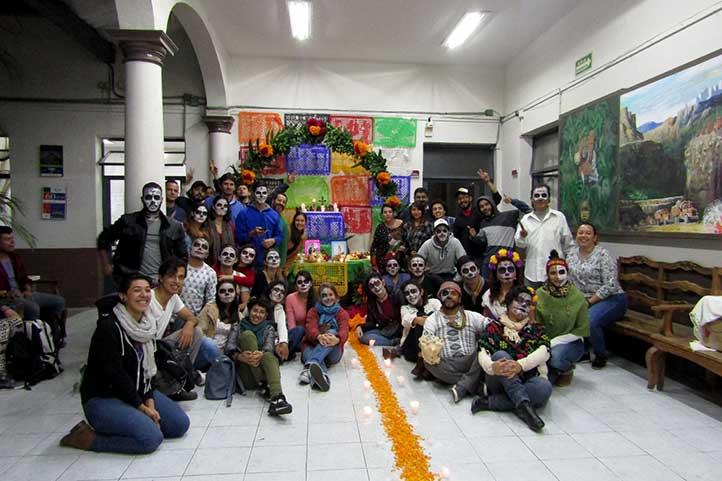 Estudiantes extranjeros se unieron a la celebración