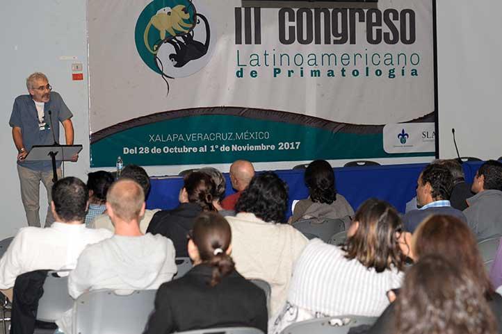 Conferencia de Anthony Di Fiore