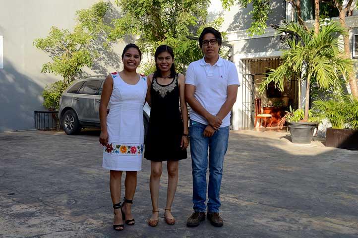 Gabriela Salazar, Shamira Vázquez e Issaac Azrrael Teodosio