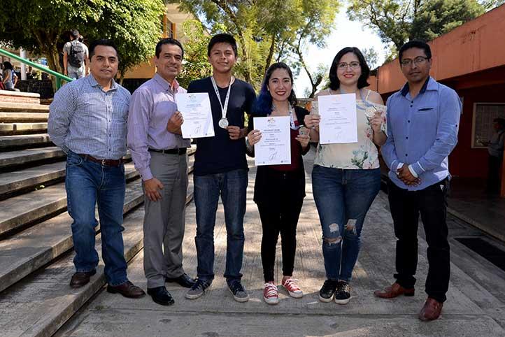 Mauro Villanueva, Eduardo Rivadeneyra, Víctor Guerrero, Sandra Martínez, Zamira Goné y Gabriel Soto