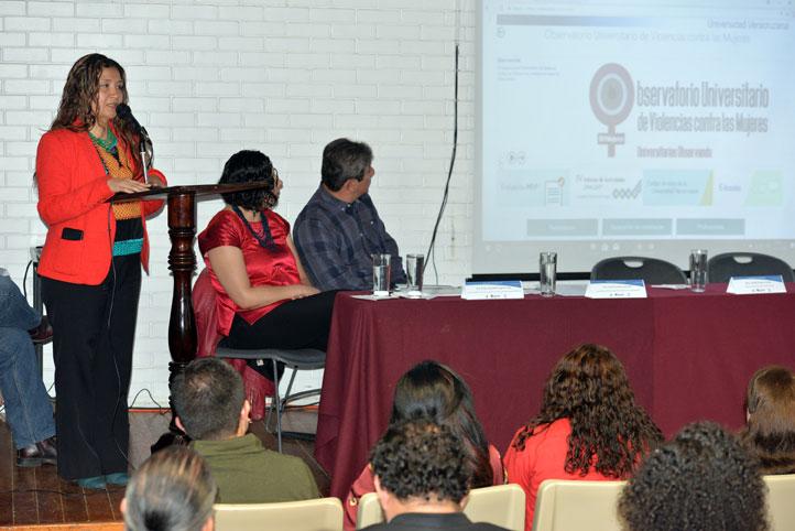 Estela Casados González explicó el propósito del OUVMujeres