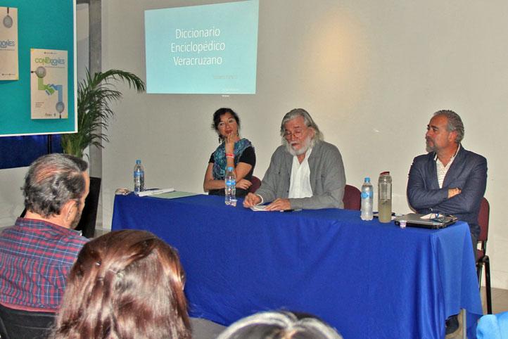 Georgina Sotelo, Roberto Peredo y Eduardo Azouri en la presentación