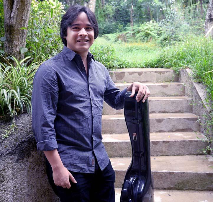 Jorge Iduma Castro ha sobresalido en concursos de guitarra