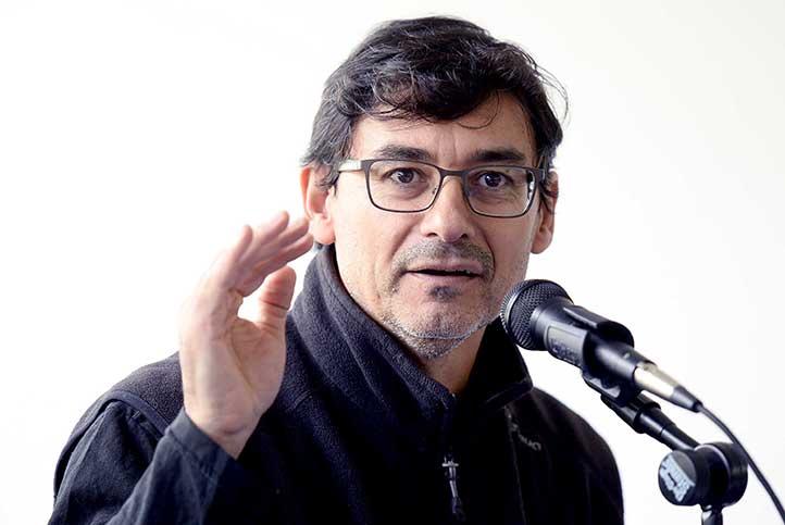 Daniel Cabrera Altieri en su conferencia en el IIE