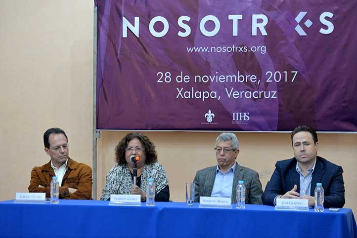 Alberto Olvera, Filiberta Gómez, Mauricio Merino y José Galindo